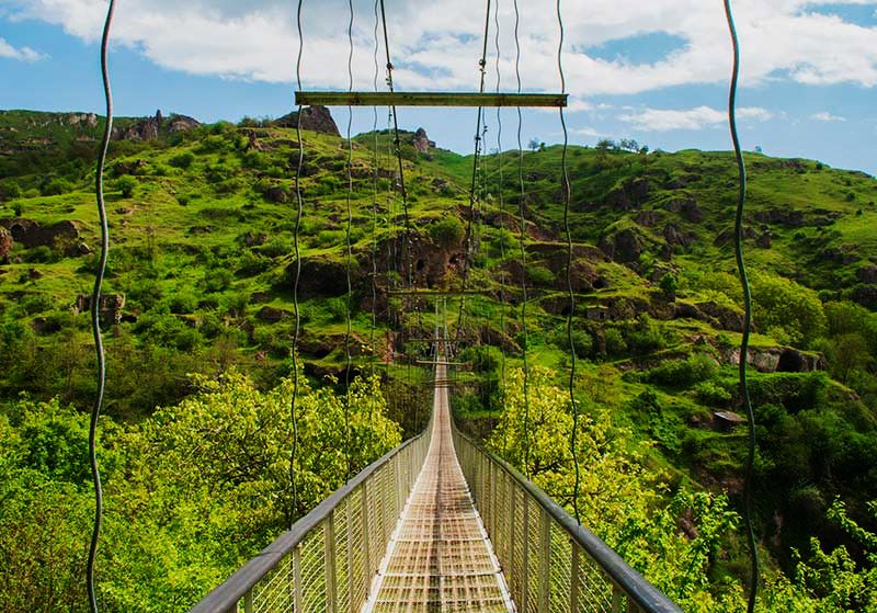 Khndzoresk-Swinging-Bridge-and-Old-Cave-Village-in-Armenia