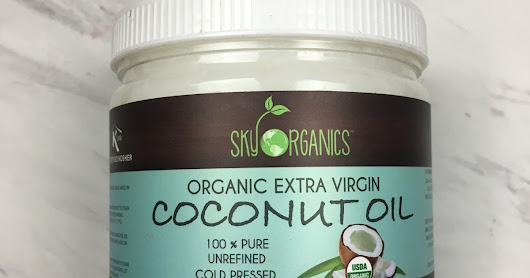 10 Awesome Beauty Uses for Coconut Oil