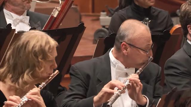 Mengenal Alat Musik dalam Orkestra versi Benjamin Britten - Blog Fisella - Flute