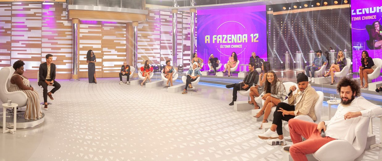 Elenco de 'A Fazenda 12' no Hora do Faro  (Foto: Edu Moraes/Record TV)