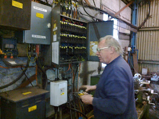 John fault finding on the 110v in the workshop
