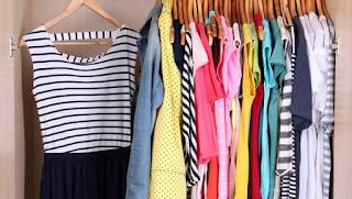 الملابس في الحلم وتفسير حلم رؤية الثياب في المنام من الألف إلى الياء