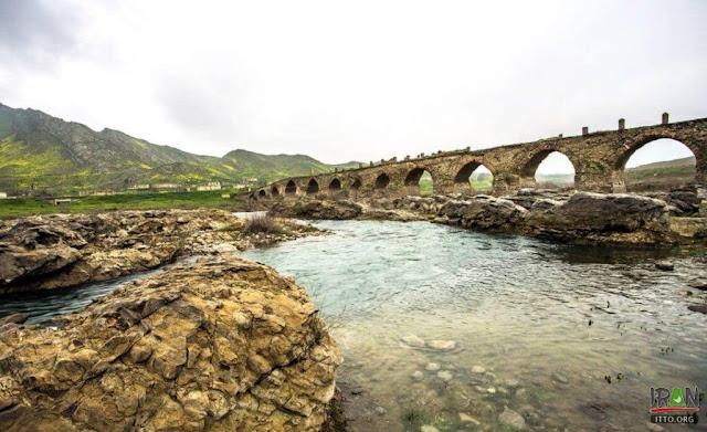 Irán construye centrales eléctricas Karabakh