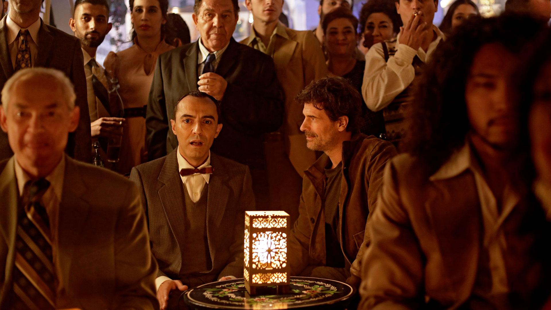Julián y Lorca escuchan a Camarón en El Ministerio del Tiempo
