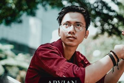 Lirik Lagu Arvian - Katakan Cinta