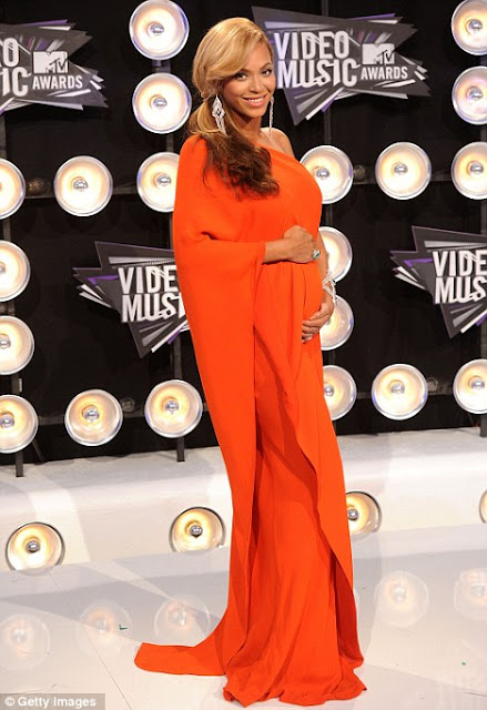 Beyonce's Baby-Bump Style