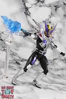 S.H. Figuarts Shinkocchou Seihou Kamen Rider Den-O Sword & Gun Form 73