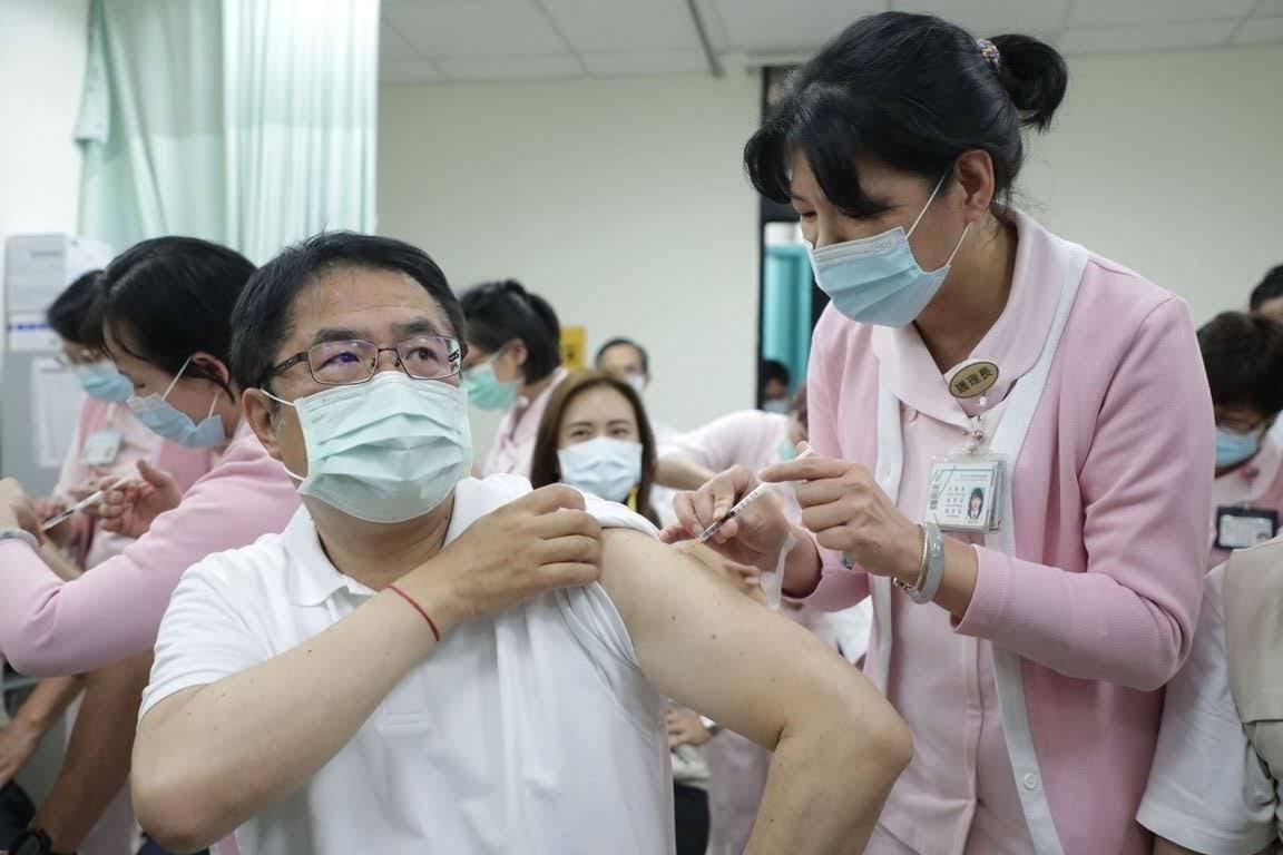 日本捐台灣疫苗122萬劑疫苗14:00抵達|黃偉哲:旅居台南日本僑民優先施打