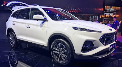 There was a snapshot of the interior of the new JAC crossover for Russia