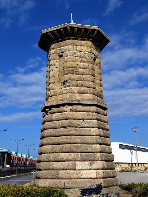 Livorno daily photo the two towers - Coop porta a mare livorno ...