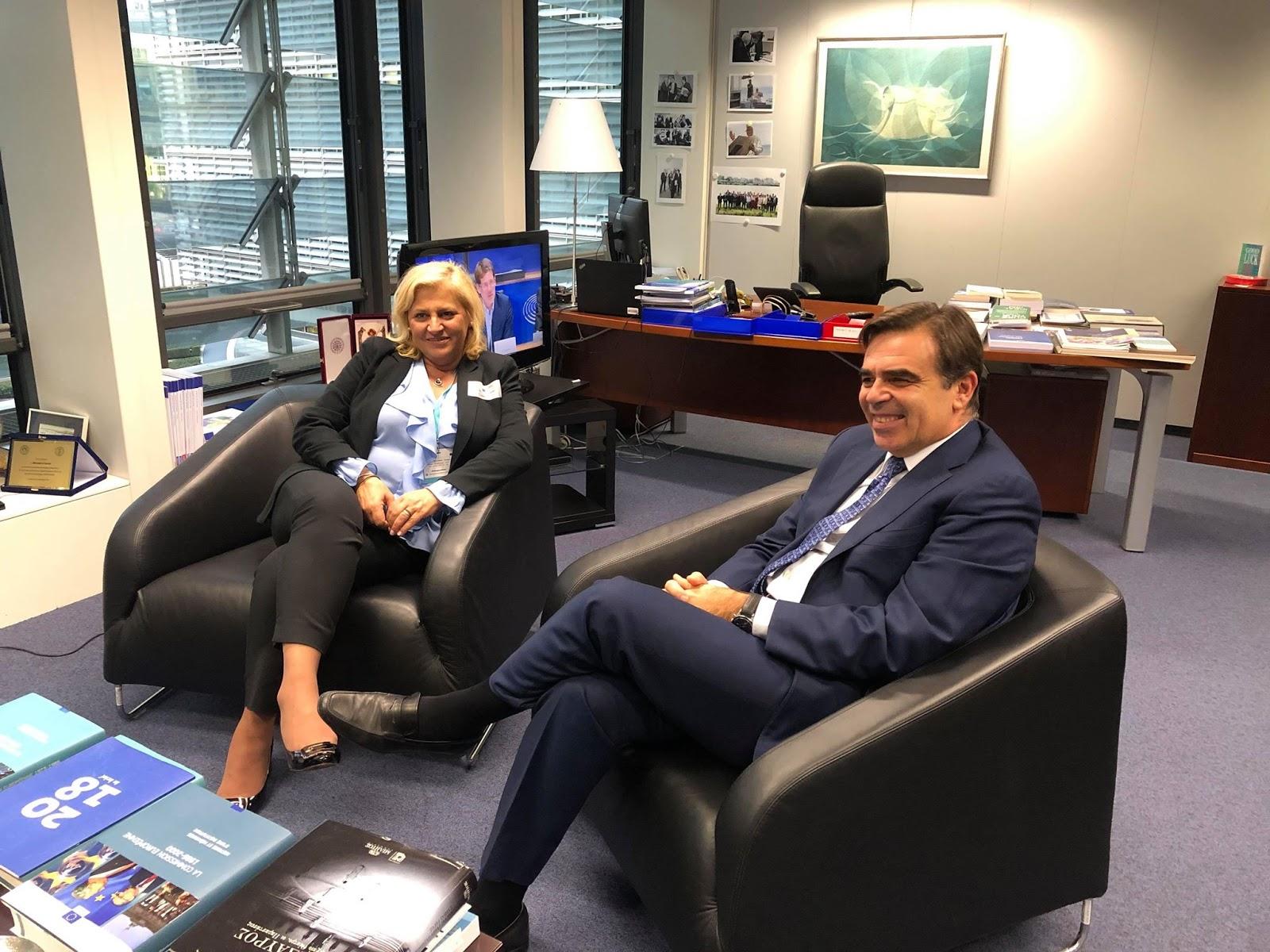 Συνάντηση με τον Έλληνα Επίτροπο Μαργαρίτη Σχοινά