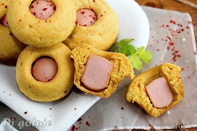 Corn Dog Muffins (kukurydziane muffinki z parówką)