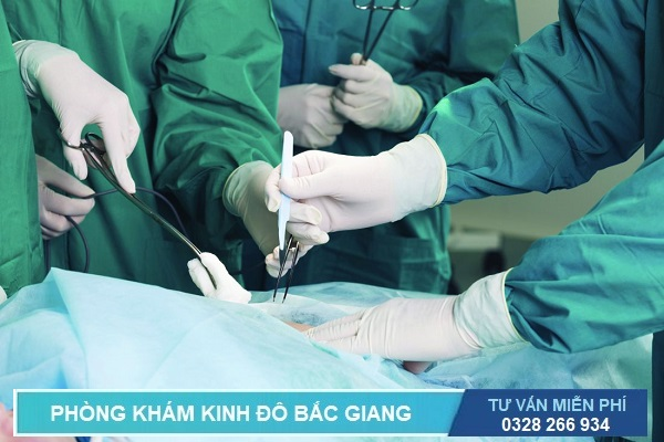 phẫu thuật điều trị bệnh trĩ