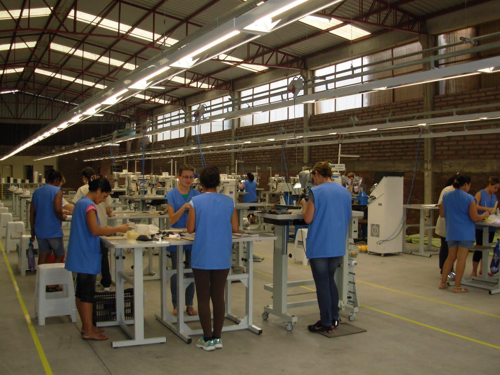4fb9c66e9 HISTÓRIAS DO VALE DO CAÍ: 1165 - Usaflex começa suas atividades no Caí