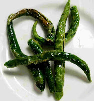 Fried green chillies to serve with onion samosa