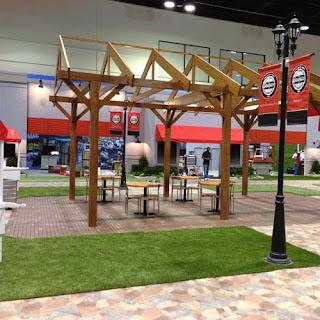 Greatmats natural looking artificial grass for trade show floor