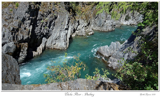 Elwha River: Pushing