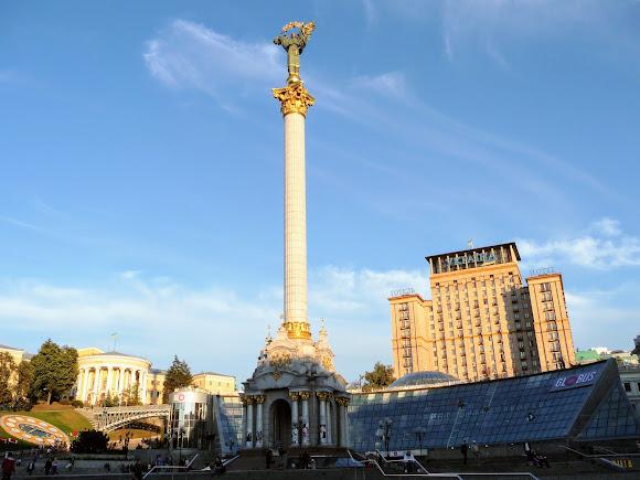 Київ. Хрещатик. Майдан Незалежності