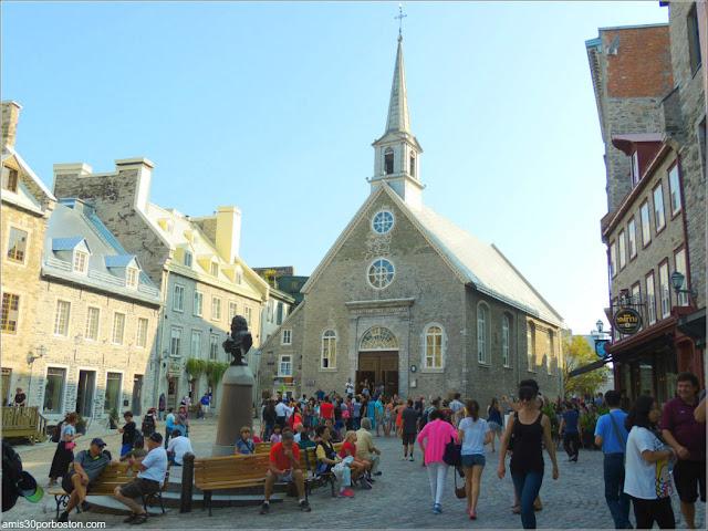 Iglesia de Nuestra Señora de las Victorias en la PLaza Royal, Quebec