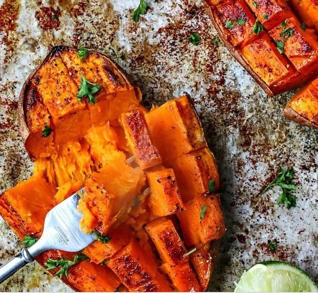 Chili + Honey Roasted Sweet Potatoes With Lime Juice #vegetarian #glutenfree