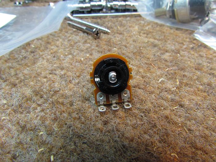 Custom Reverse Audio Push-Pull Pot Crawls Backward (When Alarmed)