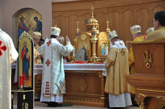 O desprestígio trazido pelas fraturas entre cismáticos favorece o apostolado dos greco-católicos ucranianos já muito numerosos