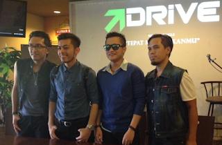 Kumpulan Lagu Mp3 Terbaik Drive Album Cahaya Terang (2011) Lengkap