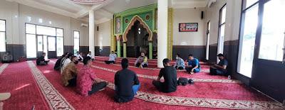 Kapolres Dompu Penuhi Janji Silaturahmi Dengan Keluarga Almarhum Iskandar