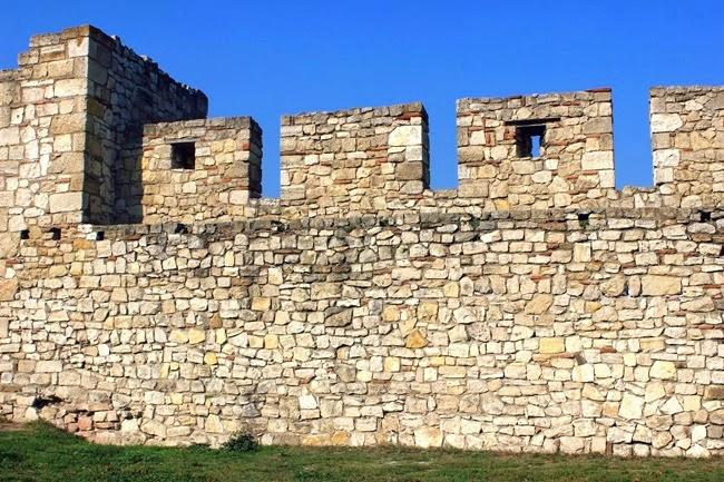 Kalemegdan zidine