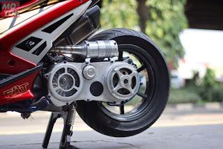 Gambar Modifikasi Yamaha Aerox 155 memakai Monoshock - 1