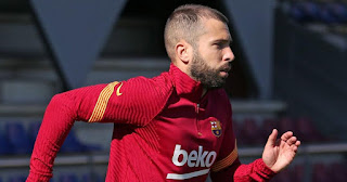 Barcelona left back Jordi Alba makes return to training as he looks to recover in time for El Clasico