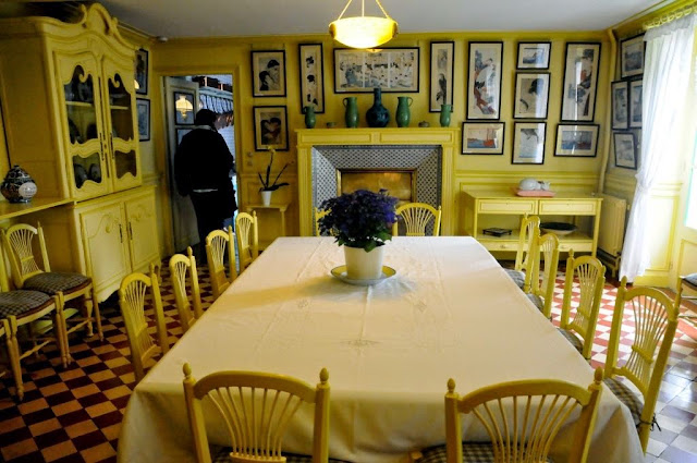 Normandie Monet, Giverny, monets yellow dinning room