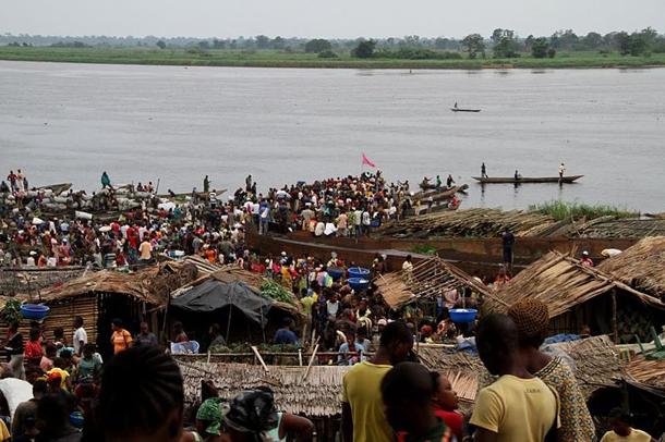 แม่น้ำที่ยาวที่สุดในโลก, แม่น้ำคองโก หรือในอดีตจะเรียกกันว่าแม่น้ำซาอีร์ เป็นแม่น้ำที่ใหญ่ที่สุดทางตะวันออกกลางของแอฟริกา และเป็นแม่น้ำที่ลึกที่สุดในโลกโดยมีความลึกประมาณ 220 เมตร มีความยาวรวม 4,700 กม และเป็นแม่น้ำที่ใหญ่ที่สุดอันดับสามของโลกวัดจากปริมาณน้ำที่ปล่อยออกมา