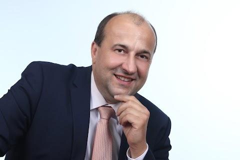 Dr. Molnár Attila Komárom polgármestere
