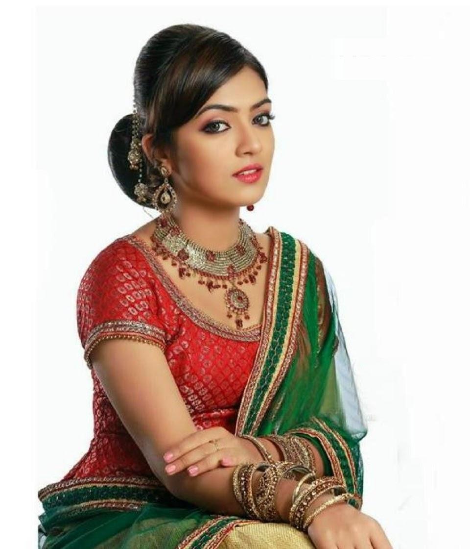 Dynamic Views Beautiful Malayalam And Tamil Films Actress