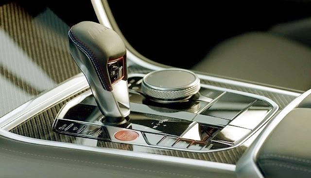 bmw-m8-gran-coupe-transmission