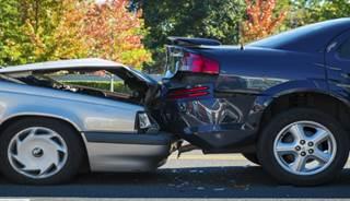 写真:脳卒中の自動車運転