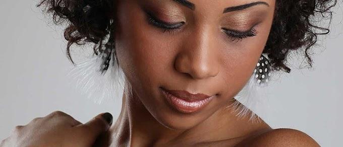Melhores tipos de cremes e hidratantes para a pele escura ou negra/2020