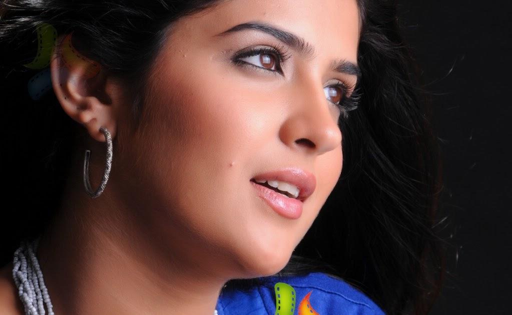 Actress: Ragalahari Actress