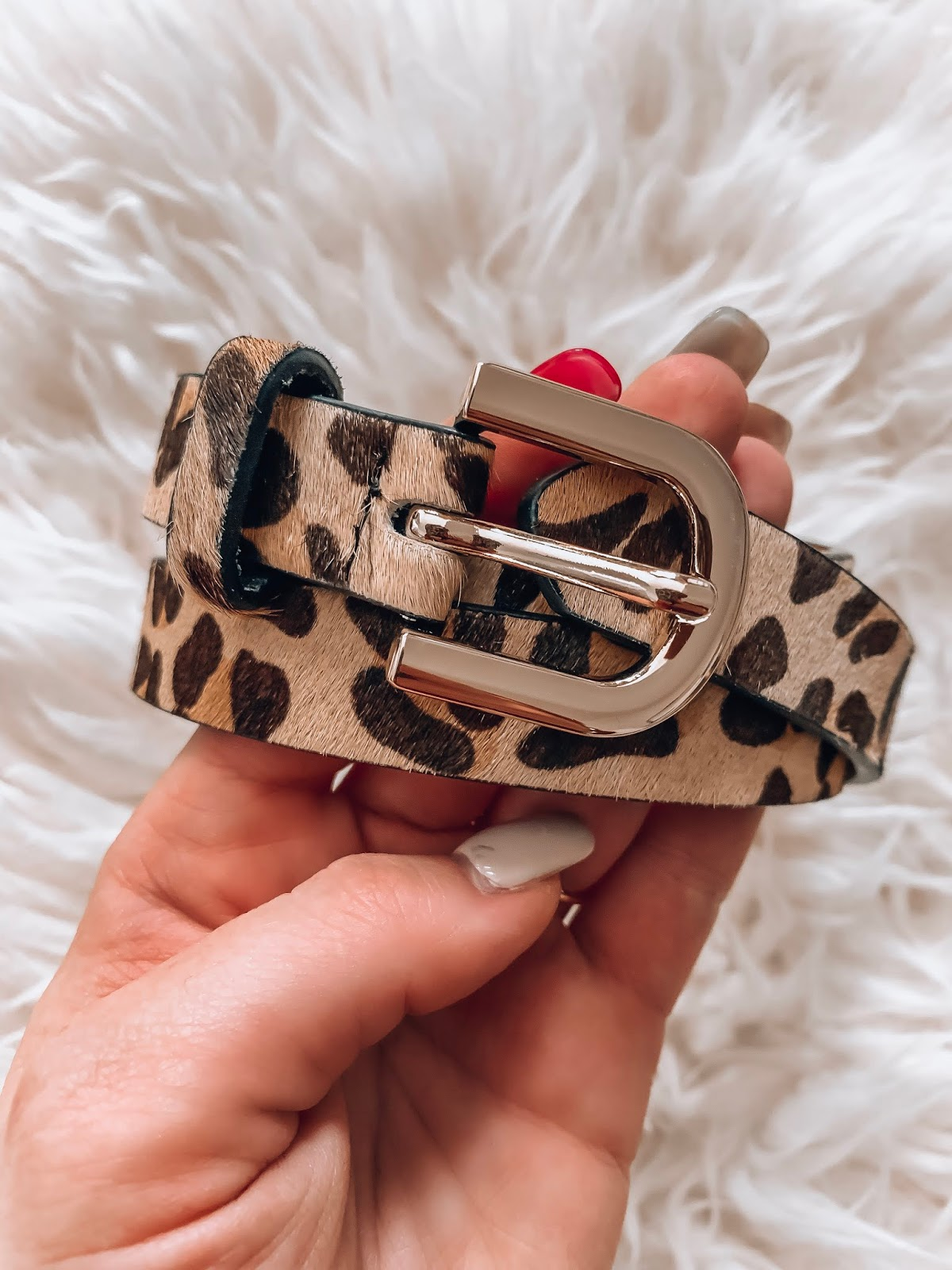 Recent Amazon Finds: $13 Leopard Belt - Something Delightful Blog #fallstyle #affordablefashion #amazonfashion