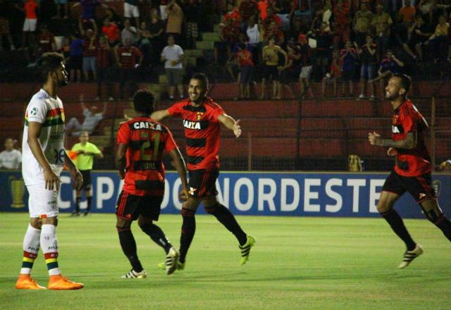 Sampaio sofreu gol no início do jogo e não evitou a derrota para o Sport