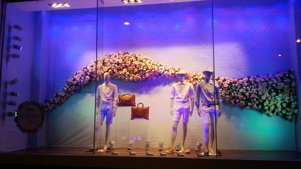 window display Rustans