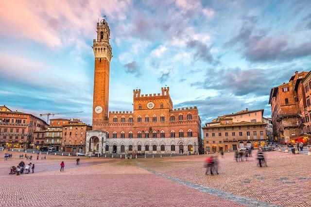 Palazzo Comunale na Piazza del Campo em Siena