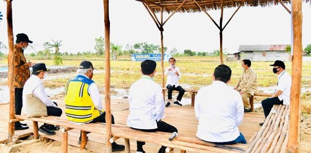 MASUK akal jika Indonesia paling terguncang dengan adanya kebijakan banyak negara di hampir seluruh dunia menutup kebijakan ekspor hasil pertanian dan peternakan mereka. Keputusan itu diakibatkan meluasnya penyebaran wabah virus corona atau Covid 19.