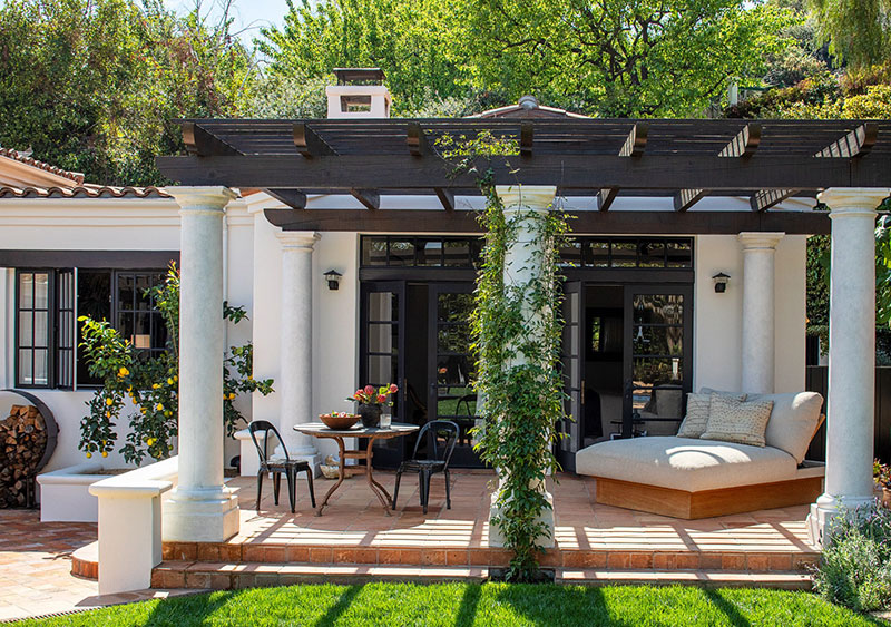 Supermodel Kendall Jenner's soulful and cozy villa in Los Angeles