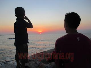 sunset di pantai mertasari