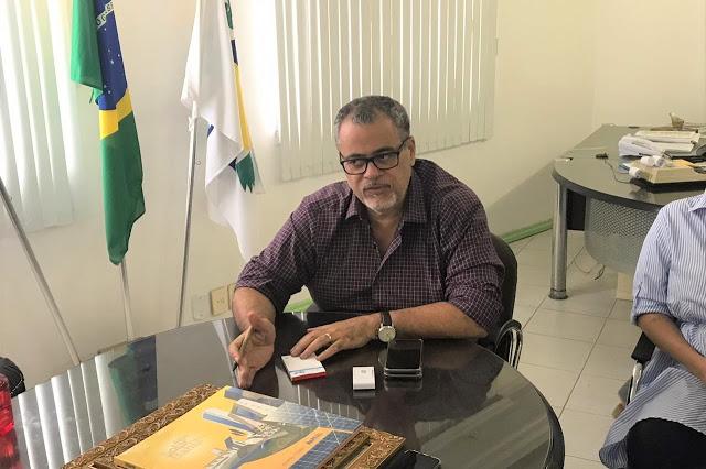 Prefeito Luciano da Locar reúne representantes da sociedade civil e monta Comitê de Crise