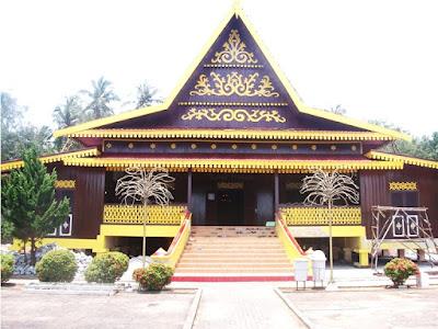 Contoh Desain Rumah Adat Riau