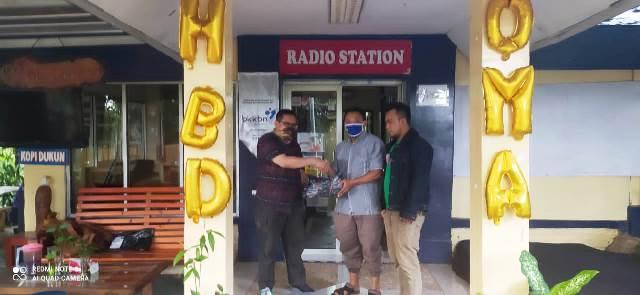 Alshafa Online Store Bandung Berbagi Rezeki di Studio RKSB Maja