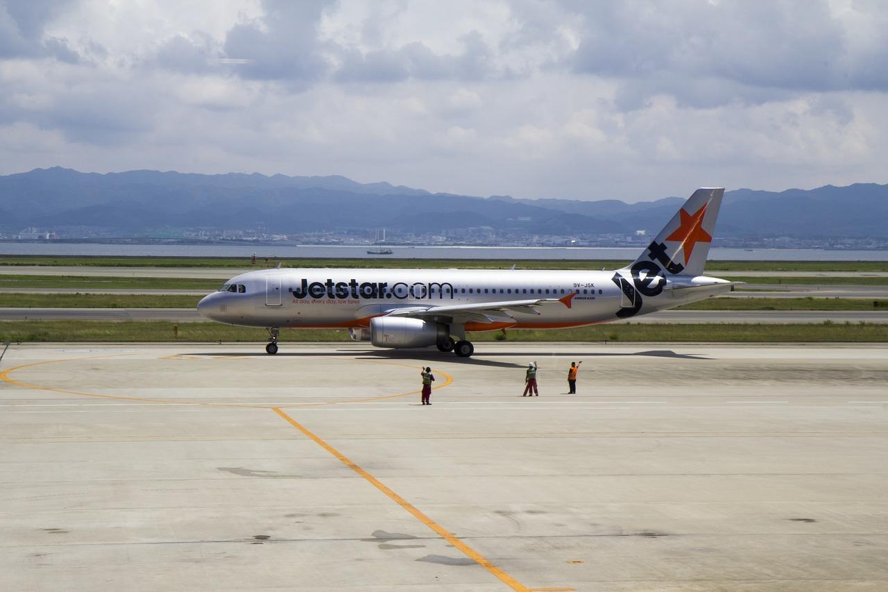 Pengalaman Terbang ke Singapura dengan Jetstar, jetstar singapore review, Cari WiFi di Changi Airport, Harga Tiket Pesawat Jetstar